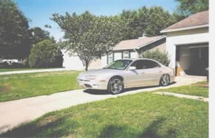 redjrocks 2001 Oldsmobile Aurora photo thumbnail
