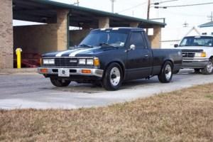 CalvinRollin720s 1986 Toyota Pickup photo thumbnail