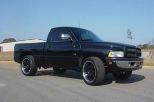 clean dodges 1997 Dodge Ram photo thumbnail