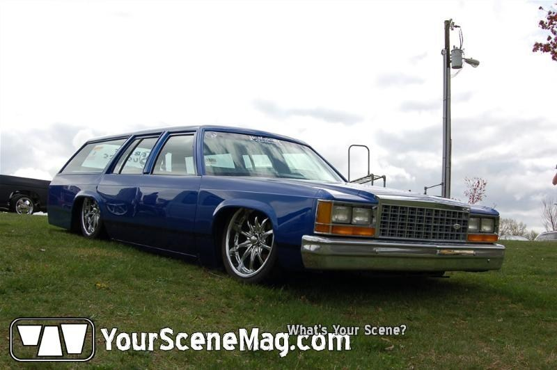 cookiemonster13s 1986 Ford Crown Victoria photo