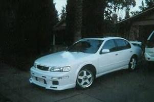 ARTURYANs 1996 Nissan Maxima photo thumbnail