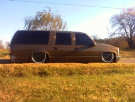 LittleShopLackeys 1998 Chevrolet Suburban photo thumbnail