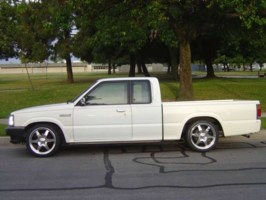 IntroWheelss 1990 Mazda B2600 photo thumbnail
