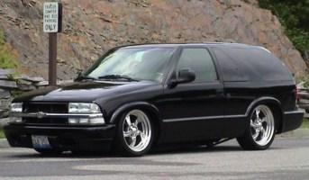 insanitys 1998 Chevrolet Blazer photo thumbnail