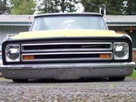 FNFAST69s 1967 Chevrolet Suburban photo thumbnail