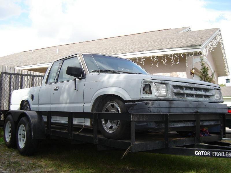 GoatHotRidesMags 1986 Mazda B2000 photo