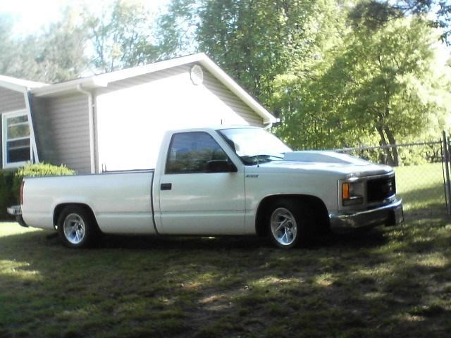 slamedsierras 1997 GMC 1500 Pickup photo