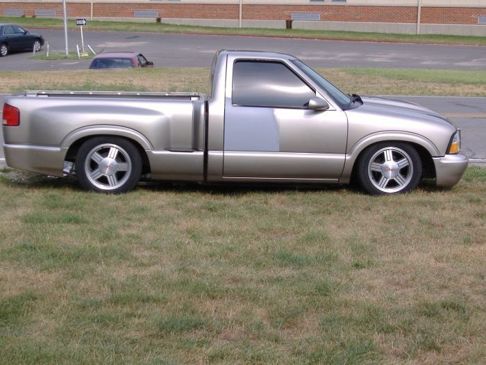 mbromance187s 2000 Chevy S-10 photo