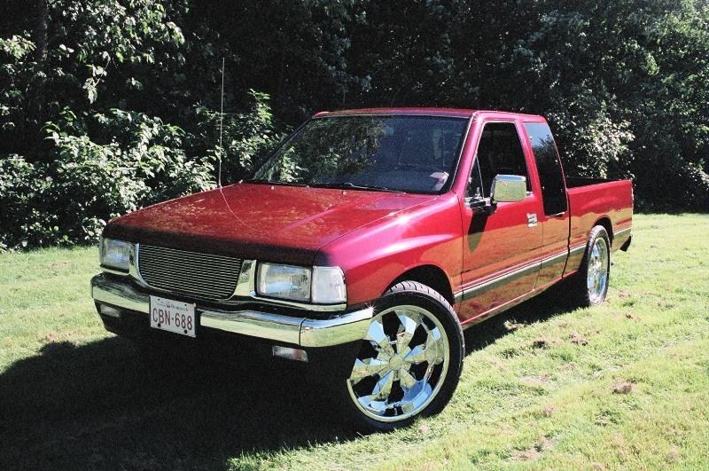 1990 Isuzus 1990 Toyota Pickup photo