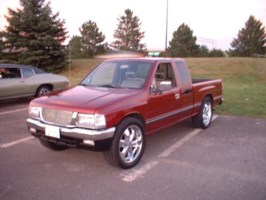1990 Isuzus 1990 Toyota Pickup photo thumbnail