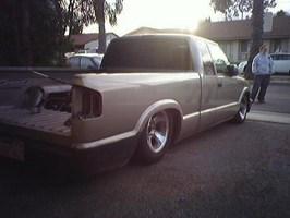 slameds101s 2000 Chevy S-10 photo thumbnail