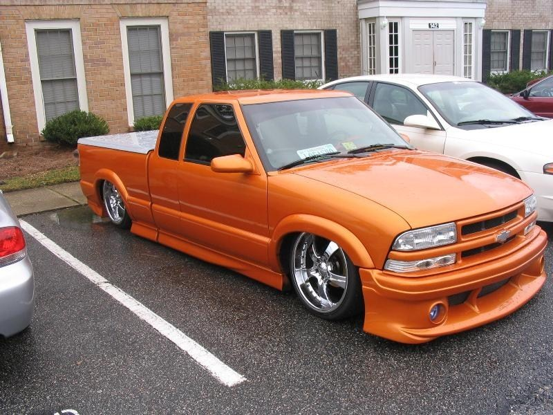 SitNLows 2000 Chevy S-10 photo