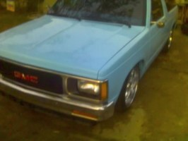jlaudo9s 1987 Chevy S-10 Blazer photo thumbnail