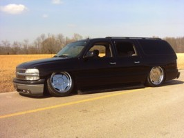 LittleShopLackeys 2005 Chevrolet Suburban photo thumbnail