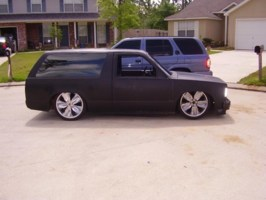 i cut its 1987 Chevy S-10 Blazer photo thumbnail