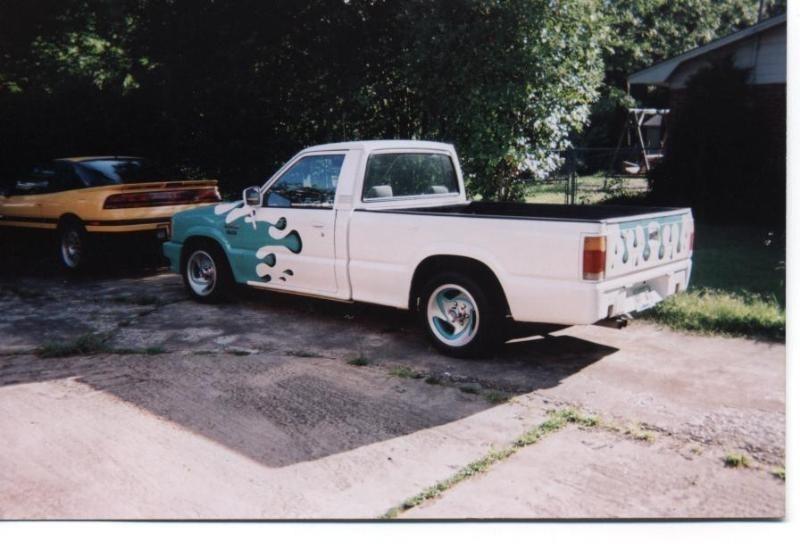 FiveOMazdas 1988 Mazda B2200 photo
