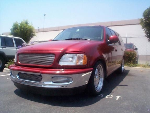 Dmenteds 1998 Ford  Expedition photo