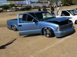 TMONEYPPs 1997 Chevy S-10 photo thumbnail