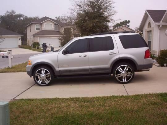 hyderhouses 2002 Ford  Explorer photo