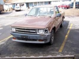 whutdidyousays 1987 Mazda B2200 photo thumbnail