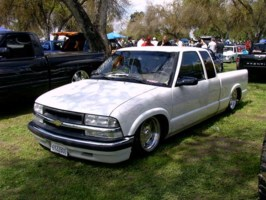 Infamouss 1995 Chevy S-10 photo thumbnail