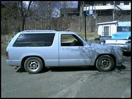 imnothis 1986 Chevy S-10 Blazer photo thumbnail