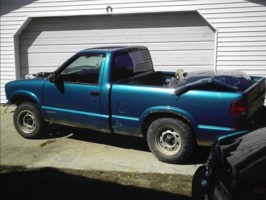 86jimmyv8s 1994 Chevy S-10 photo thumbnail