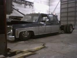 layindoors 1980 Chevy Crew Cab Dually photo thumbnail