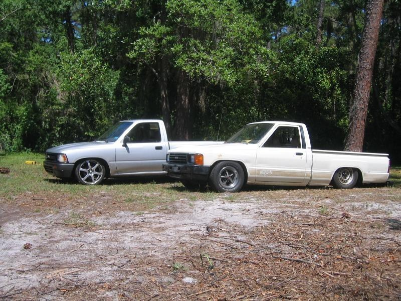 onelowminitruckrs 1985 Toyota 2wd Pickup photo