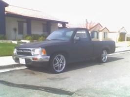 slammed99s 1989 Toyota 2wd Pickup photo thumbnail