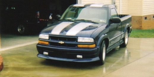 lowriddinrednecks 2002 Chevy Xtreme photo