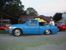 Brills 1995 Toyota Pickup photo thumbnail