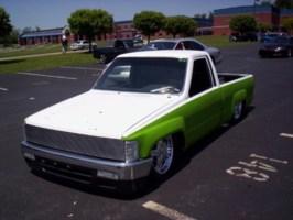 laydoutyotas 1988 Toyota 2wd Pickup photo thumbnail