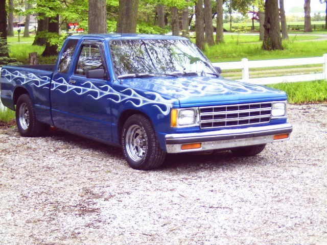 HeWeRs 1984 Chevy S-10 photo