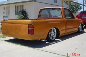 FLATACOs 2001 Toyota Tacoma 2wd photo thumbnail
