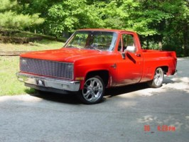 red82c10s 1982 Chevy C-10 photo thumbnail