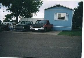 get twisteds 1988 Nissan Hard Body photo thumbnail