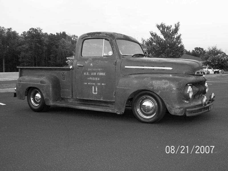 LOWFOMOCOs 1951 Ford F100 photo