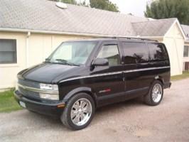 lowrider_100s 1995 Chevy Astro Van photo thumbnail