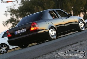 FULL COLLAPSEs 1998 Mercedes Benz C240 photo thumbnail