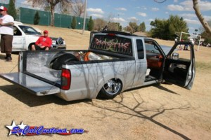 onebigglitchs 2003 Nissan Frontier photo thumbnail