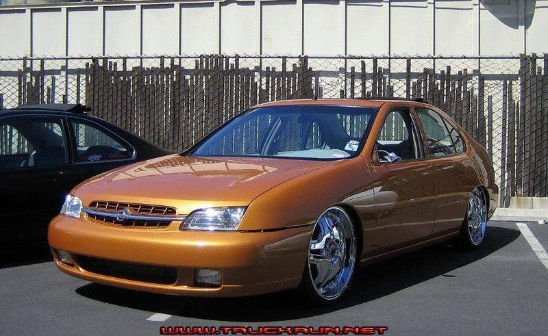 lakers24s 1999 Nissan Altima photo
