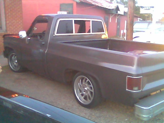 bigmankris27s 1984 Chevy C-10 photo