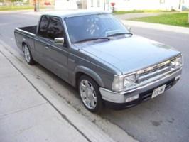 madmazdas 1990 Mazda B2200 photo thumbnail