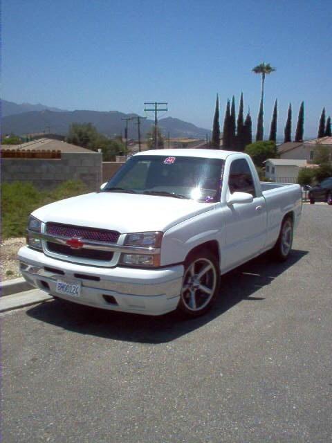 dancs 2005 Chevrolet Silverado photo
