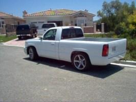 dancs 2005 Chevrolet Silverado photo thumbnail
