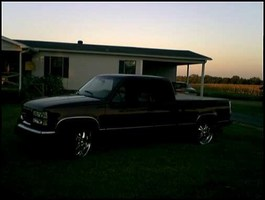 landwhales 1998 GMC 1500 Pickup photo thumbnail