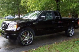 Blazinlow15s 2006 Ford  F150 photo thumbnail