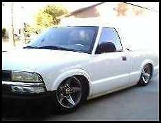 2lowS10s 2003 Chevy S-10 photo thumbnail
