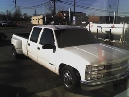 N sanes 2000 Chevy Crew Cab Dually photo thumbnail